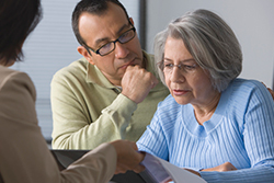 Tips to Help Aging Parents Manage Their Finances